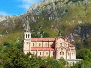 Bedevaartoort Covadonga